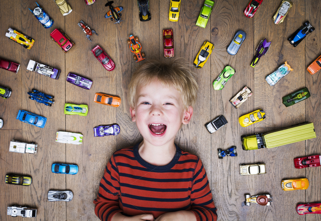 Boy-with-toy-cars