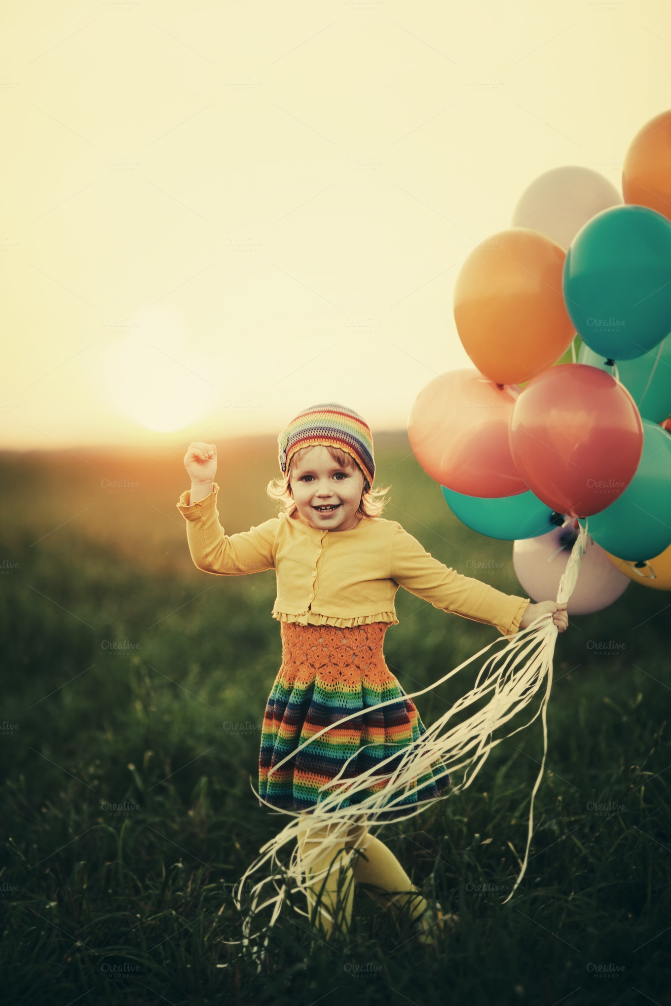 happy-girl-with-balloons