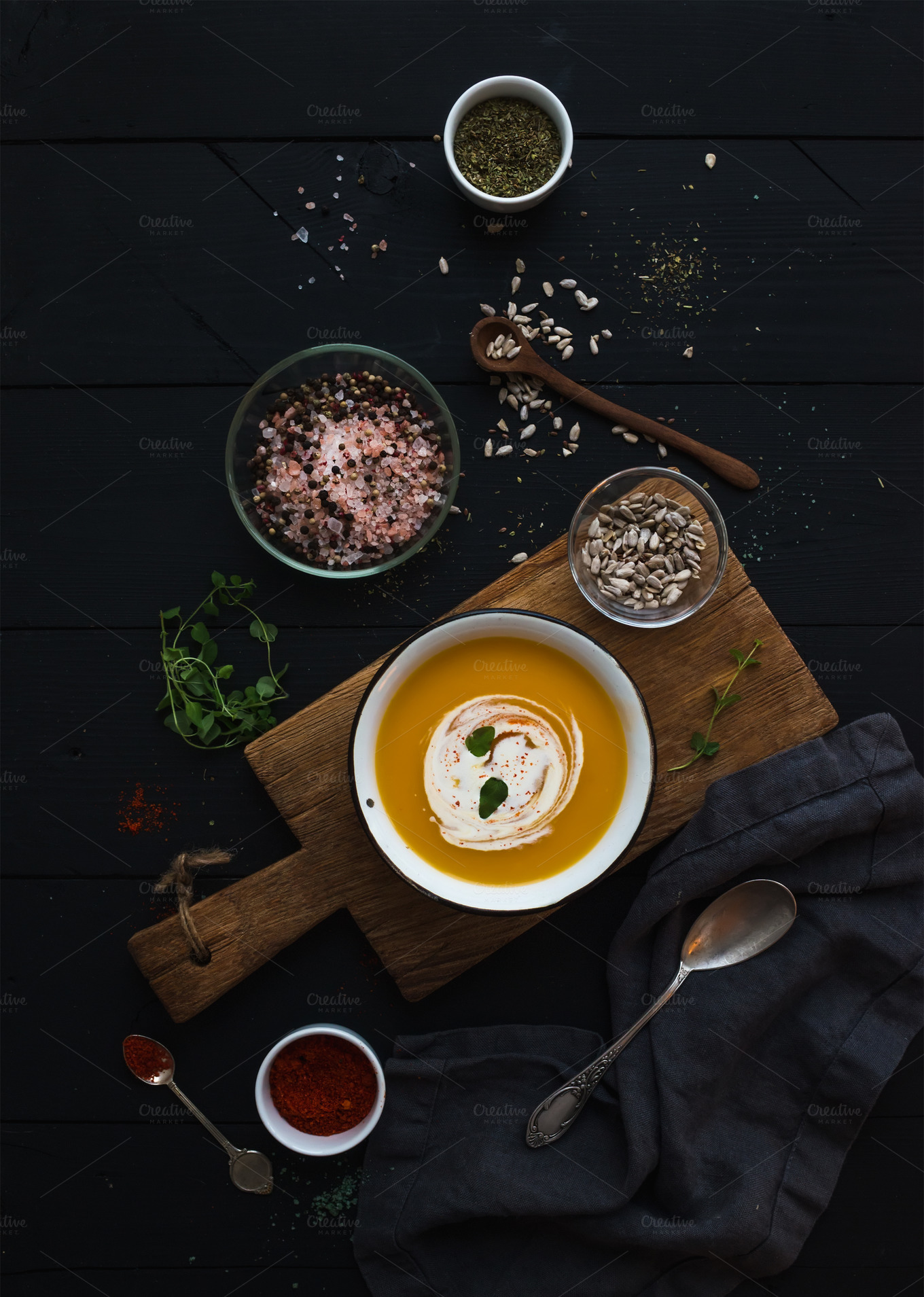 Pumpkin-soup-with-cream
