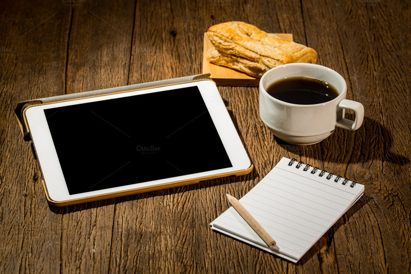 blank-tablet-and-coffee-2