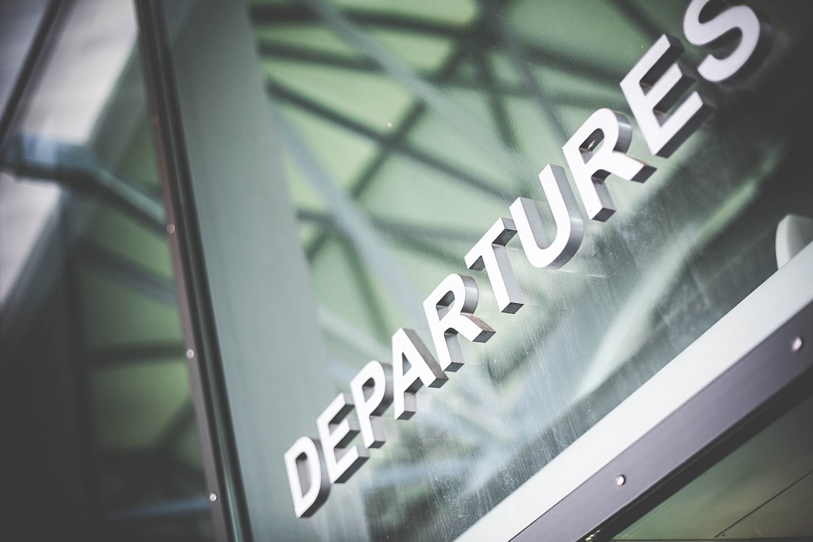 departures-airport-sign