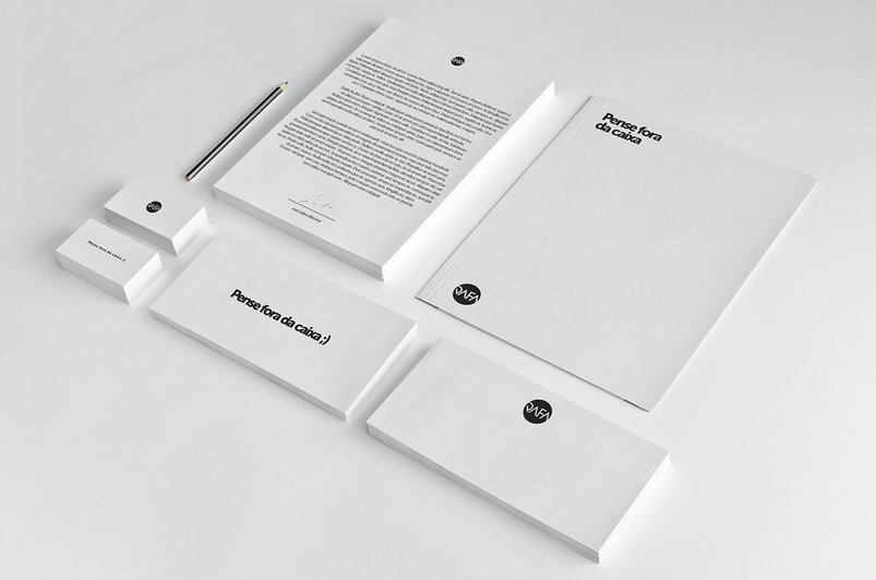 mock-up-branding-stationery-2