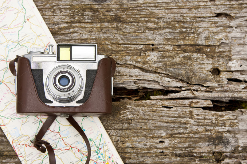 camera-and-map-travel-2