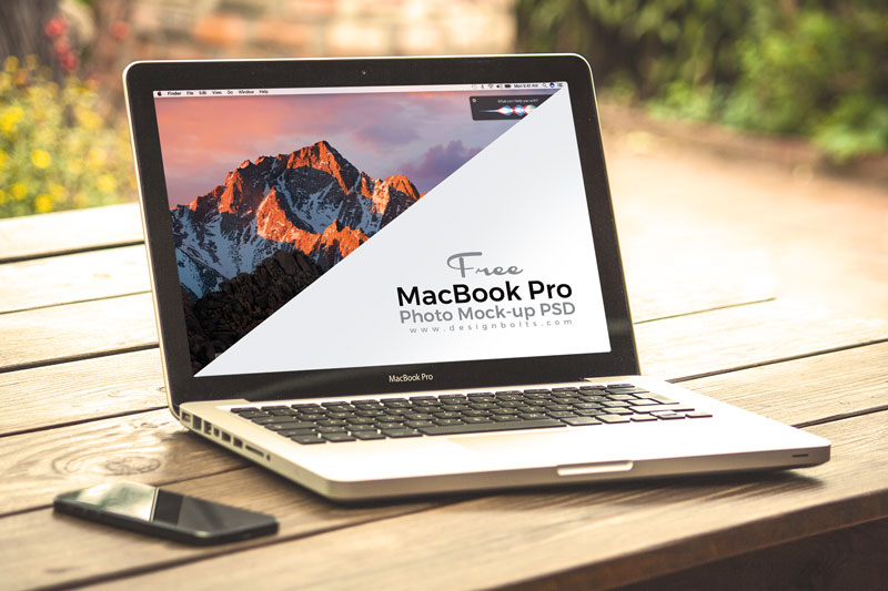 free-macbook-pro-photo-mockup-psd-file