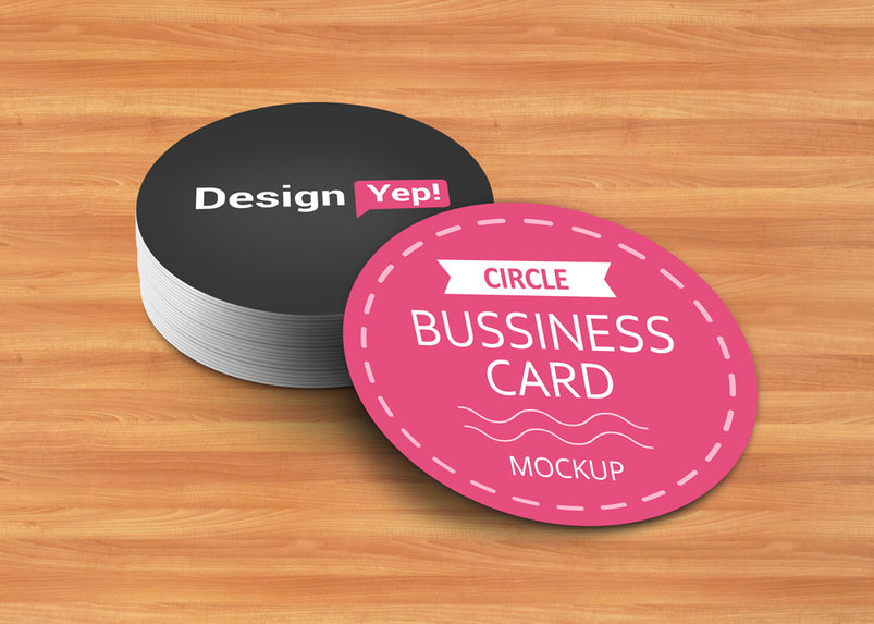 free-circle-business-card-mockup-psd-2